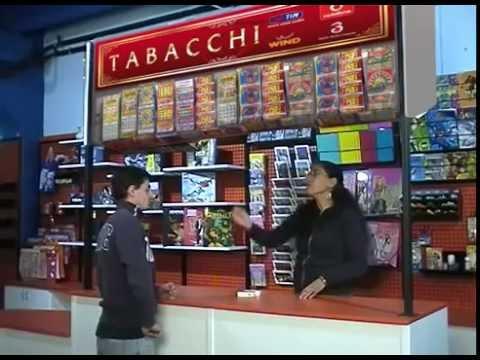 Urbancenter migliorare la propria tabaccheria con i giusti for Arredamento tabaccheria usato